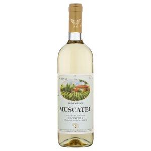 Boranal Muscatel maďarské polosladké bílé víno 0,75l